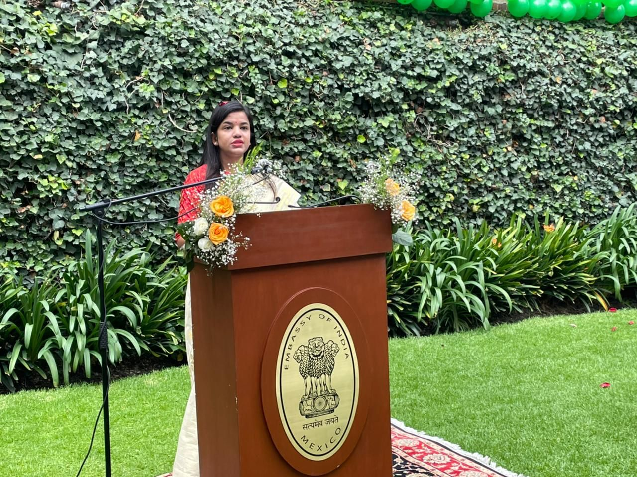 Embassy of India celebrated the 75th Independence Day on 15 August. Cd'A Ms. Juhi Rai unfurled the flag and read the President's address to the nation.